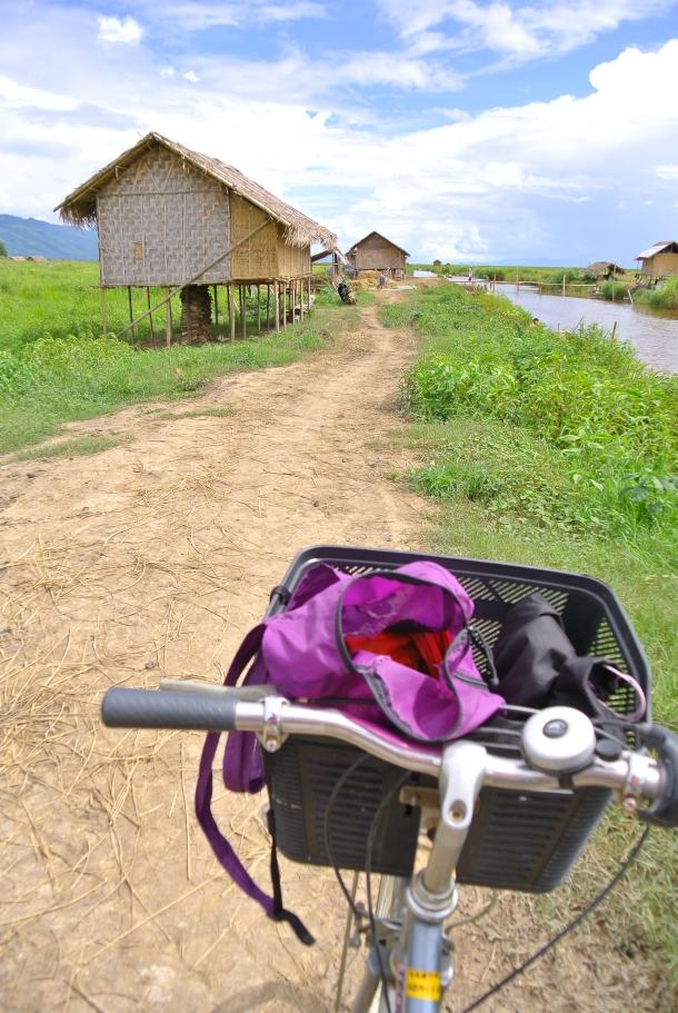 No suele haber mucho desnivel en Inle y en Bagan, asi que alquilar una bicicleta es una buena idea.